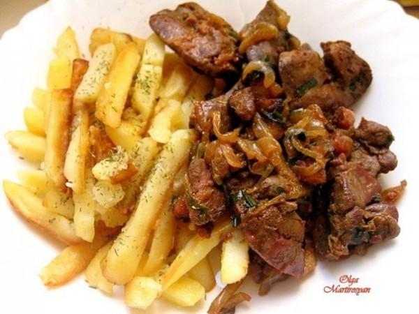 Куриная печень по-португальски